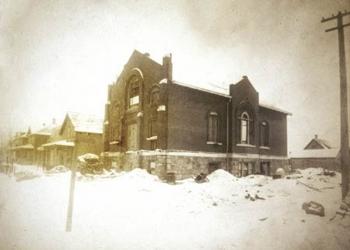B'nia Abraham 1909 under construction